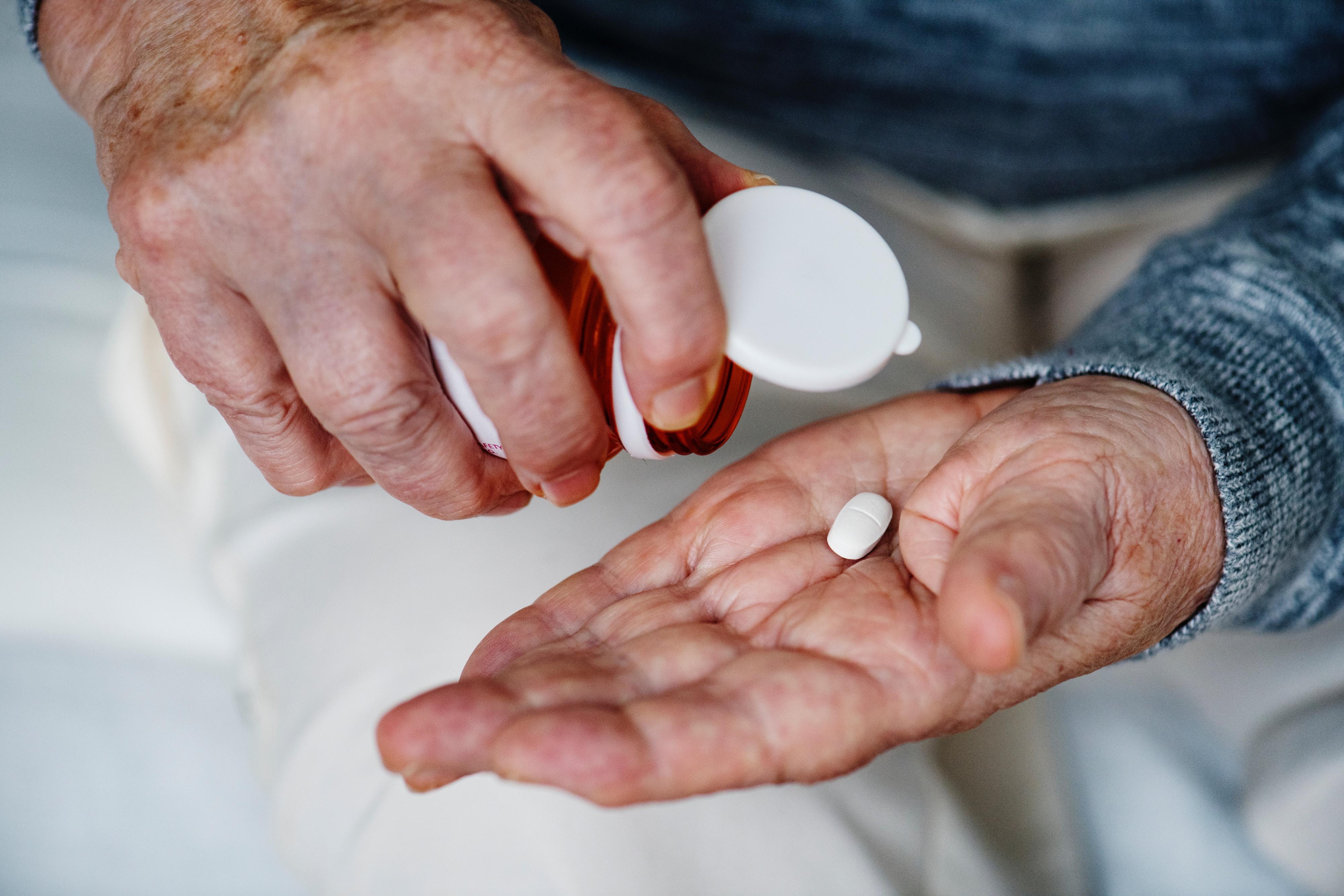 Influential doctors aren't disclosing their drug company ties/Rawpixel