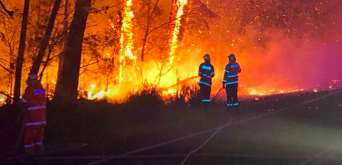An Australian Institute of Health and Welfare report has examined the short-term health impacts of the 2019–20 bushfire crisis. Photo from NSW Rural Fire Service tweet.