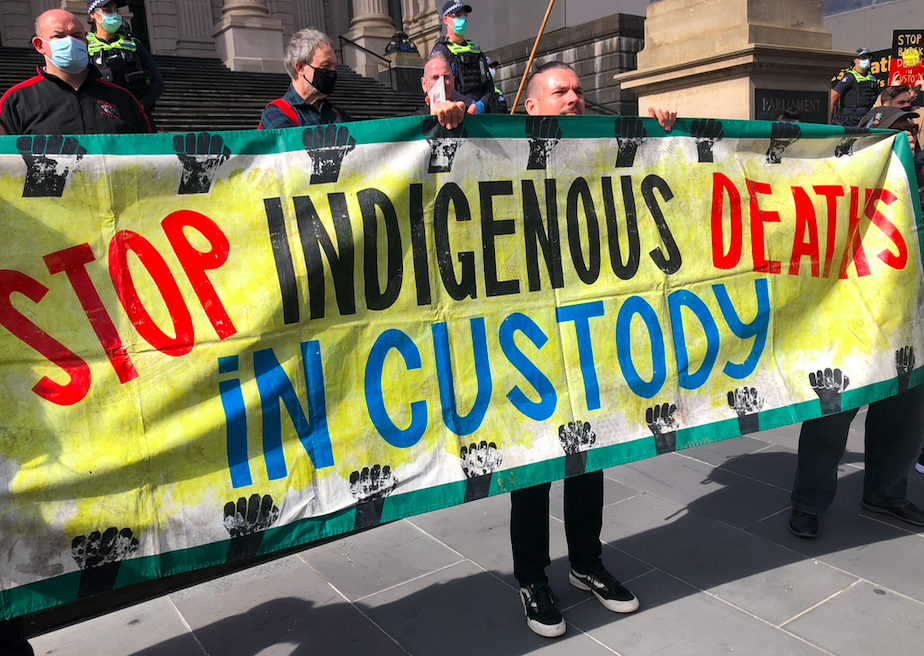 #EndBlackDeathsInCustody rally in Naarm/Melbourne to mark 30th anniversary of the Royal Commission into Aboriginal Deaths in Custody: Photo by Marie McInerney